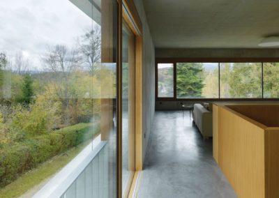 Beton, Holz und Glas – Einfamilienhaus Nähe Graz